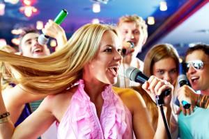 Караоке-клуб «Эхо» предлагает не только петь, но и курить кальян