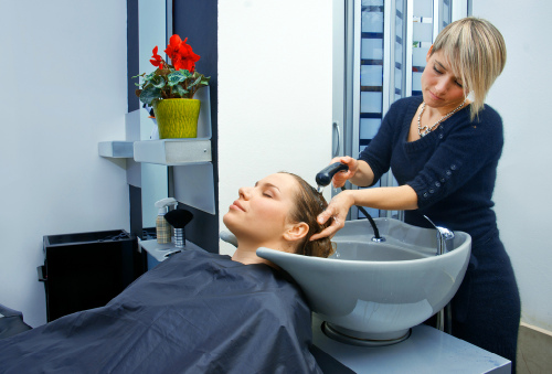 Правила выбора парикмахерской мойки