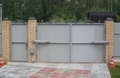 Монтаж автоматики для распашных ворот в Москве