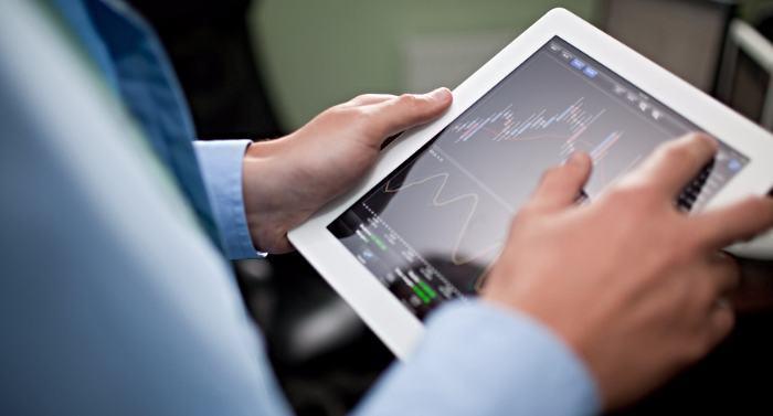 Торги на бинарных опционах без индикаторов