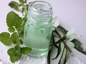 Мицеллярная вода для нормальной и комбинированной кожи