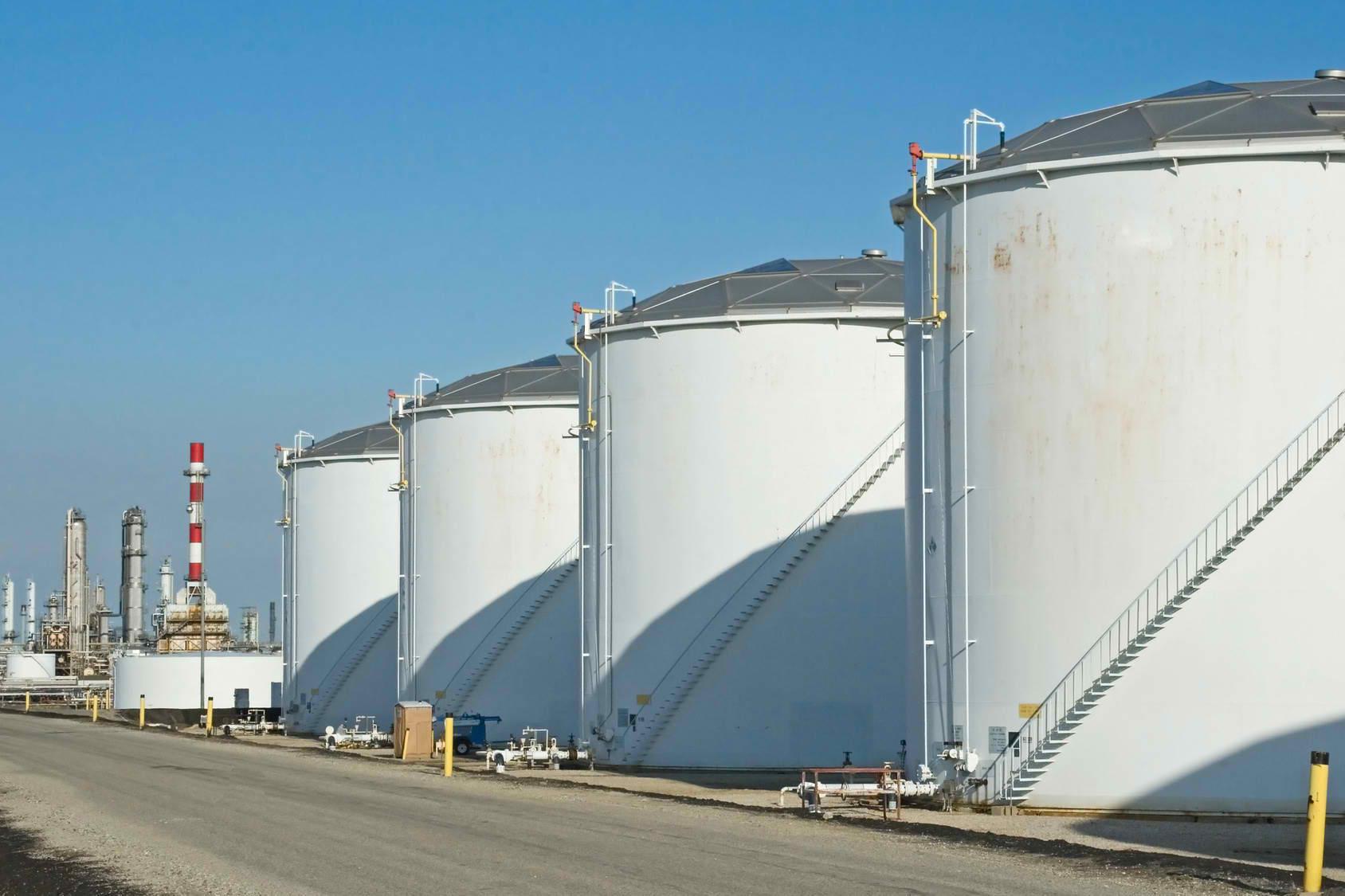 Какими могут быть промышленные резервуары