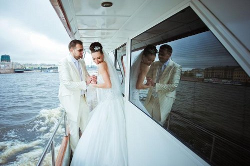 Что нужно для устройства идеальной свадьбы на яхте