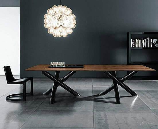 Как должен выглядеть стол в стиле лофт