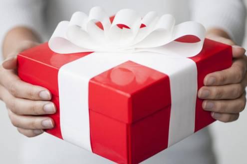 Новогодние подарки в компаниях