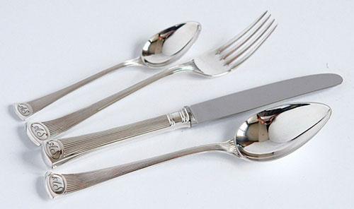 Как выбирать и как хранить столовое серебро в домашних условиях?