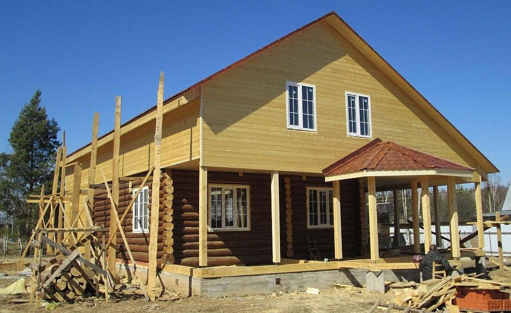 Основные преимущества реконструкции старого дома